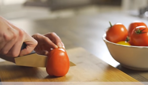 how to Slice and Dice Tomatoes